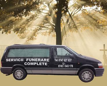 Masina neagra transport funerar